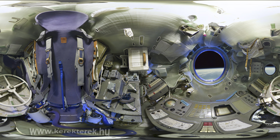 cockpit virtuels (QTvr) mercury, gemini, apollo, shuttle, iss... Panorama_560